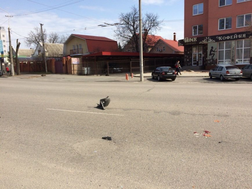 ДТП на ул. Гагарина: столкнулись два легковых авто (ФОТО) (фото) - фото 1
