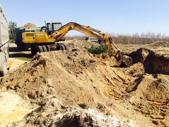 В Житомирском районе под видом строительства водоема успешно добывали песок, фото-1