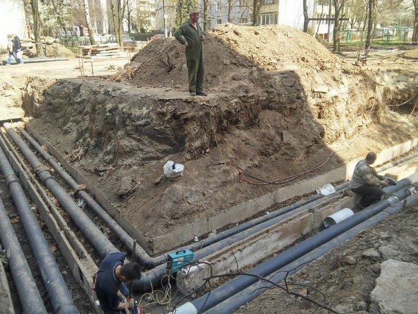 На вулиці Пулюя тривають активні ремонти міжквартальних проїздів (ФОТО) (фото) - фото 3
