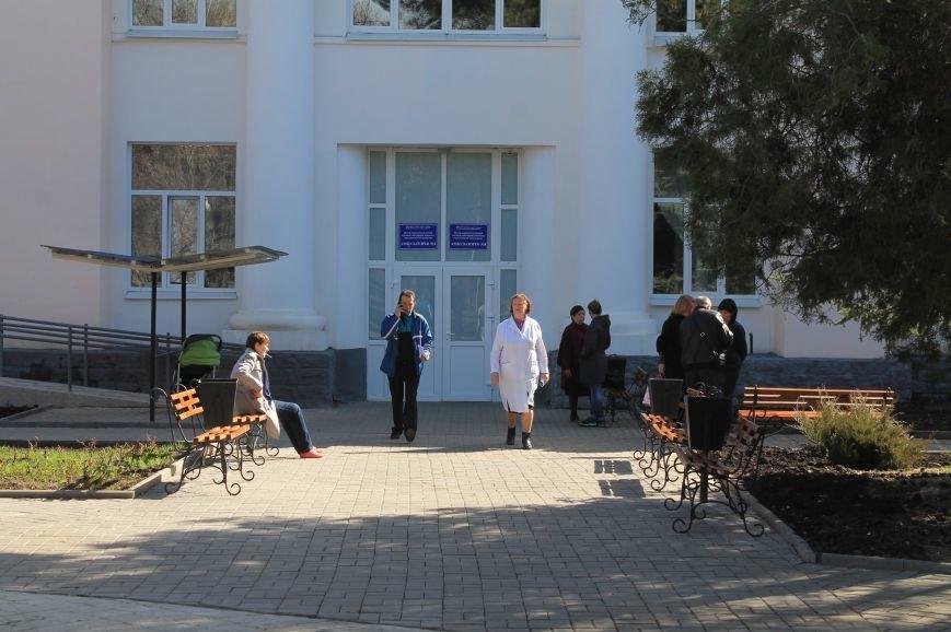 В Бахмуте после капитального ремонта открыли поликлинику (ОБНОВЛЕНО), фото-17