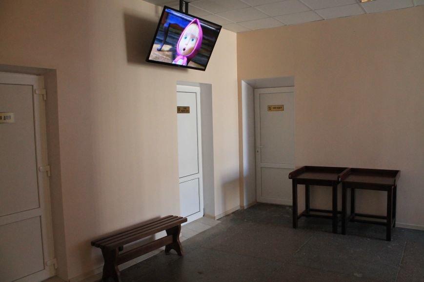 В Бахмуте после капитального ремонта открыли поликлинику (ОБНОВЛЕНО), фото-21