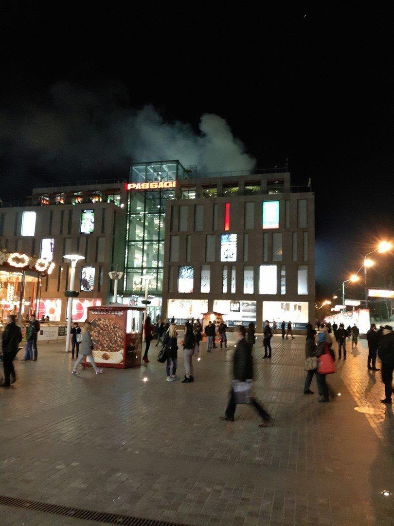 """Пожар в """"Пассаже"""": эвакуировали людей (ФОТО), фото-4"""