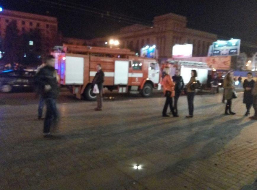 """Пожар в """"Пассаже"""": эвакуировали людей (ФОТО), фото-1"""