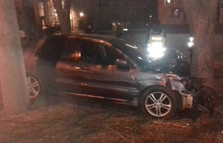 В Кременчуге в районе Халаменюка случилось жесткое ДТП (ФОТО), фото-2