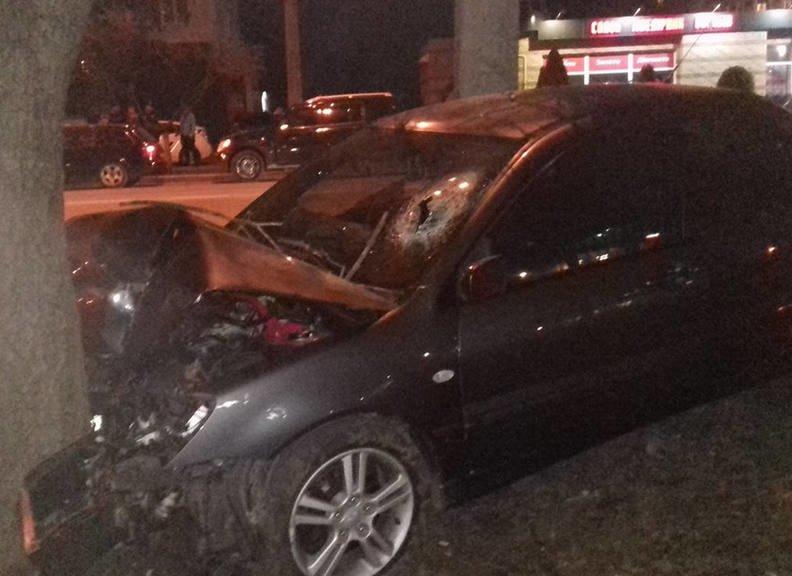 В Кременчуге в районе Халаменюка случилось жесткое ДТП (ФОТО) (фото) - фото 3