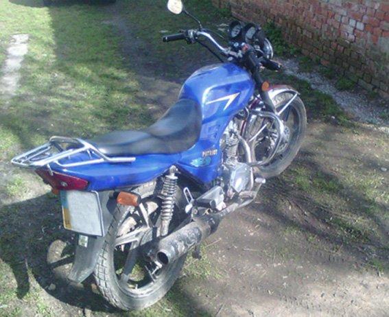 В Кировоградской области пьяный мужчина угнал мотоцикл. ФОТО (фото) - фото 1
