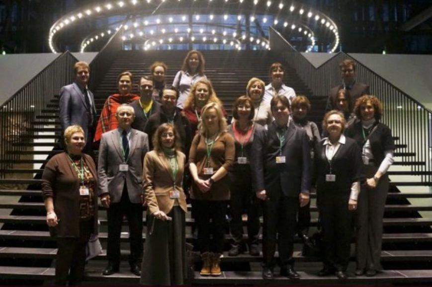 Балаковские школьники будут учиться английскому языку у московских преподавателей (фото) - фото 1