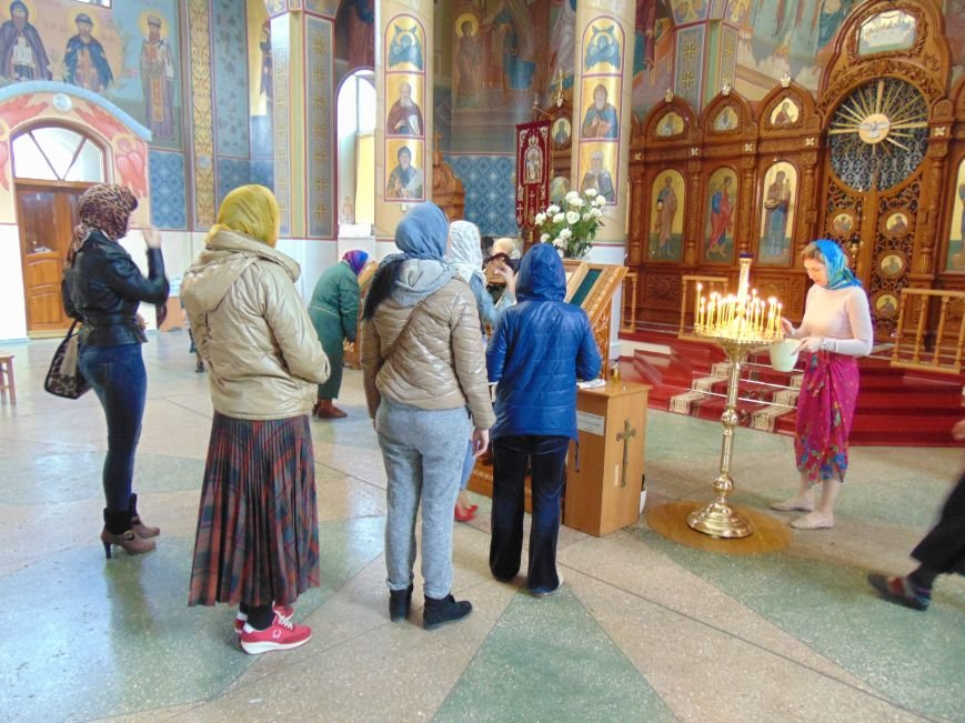 Православные мариупольцы сегодня отмечают Благовещение (ФОТО) (фото) - фото 1