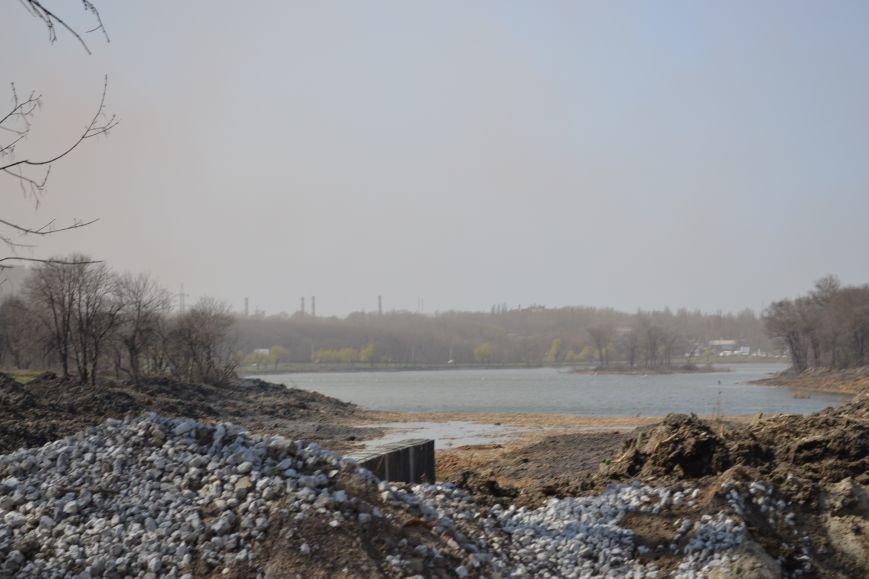 После расчистки пруда со стороны улицы Стрельникова в Кривом Роге разобьют сквер (ФОТО), фото-1