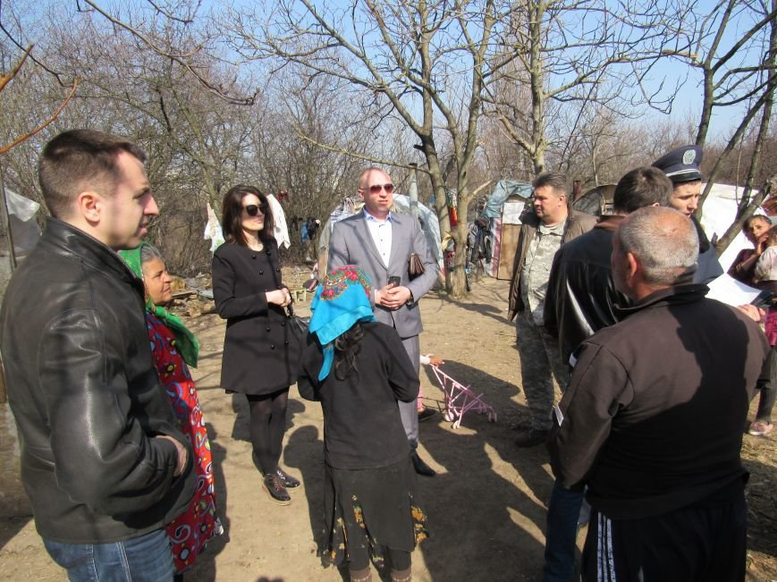 На Лысой Горе появился табор цыган (ФОТО) (фото) - фото 1