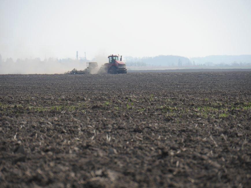 """""""МРІЯ Агрохолдинг"""" придбала нові гусеничні трактори, які найменше ущільнюють і руйнують ґрунт (фото) - фото 9"""
