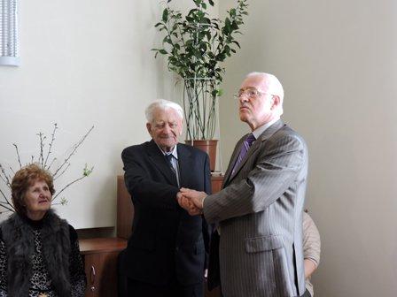 В Благовест жителю Мариуполя исполнилось 100 лет (ФОТО) (фото) - фото 3