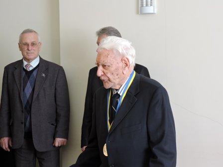 В Благовест жителю Мариуполя исполнилось 100 лет (ФОТО) (фото) - фото 1