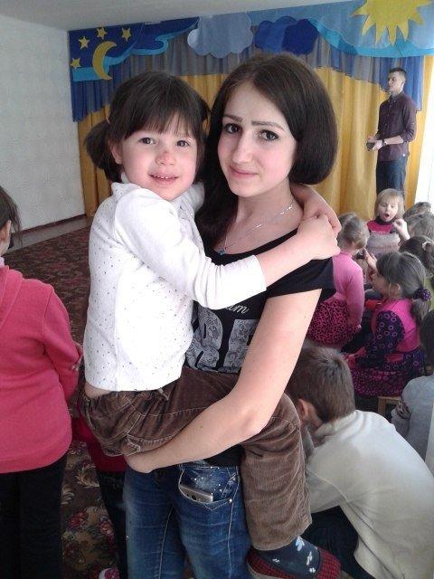 Днепродзержинские студенты устроили праздник для воспитанников детского приюта (фото) - фото 8