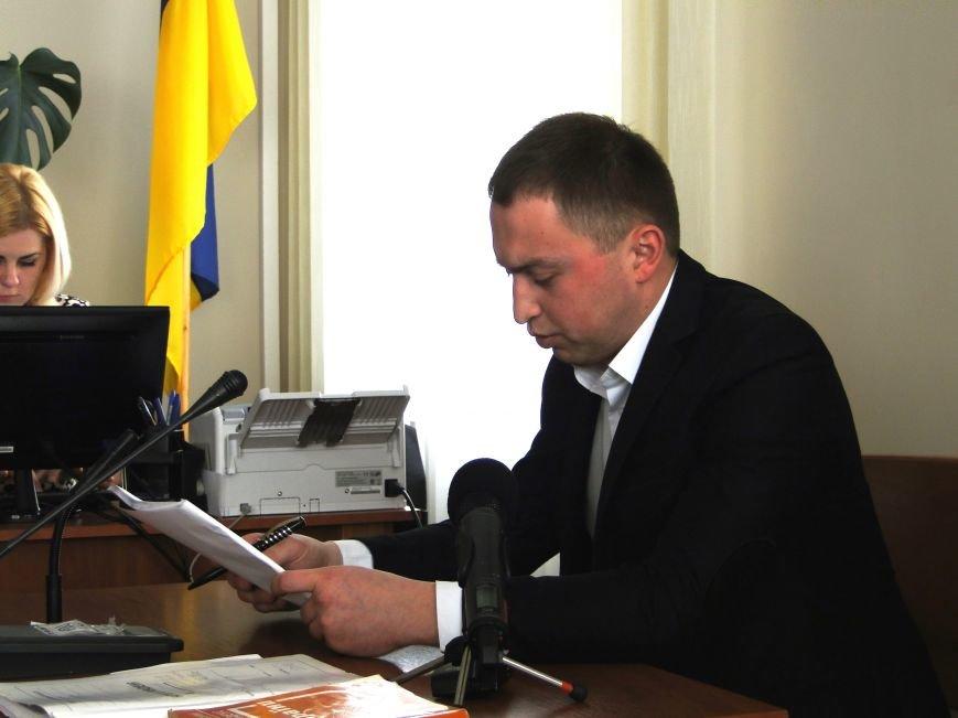 У Хмельницькому судять в'язнів-втікачів: Гадзіна просив пробачення у конвоїра (Фото) (фото) - фото 3