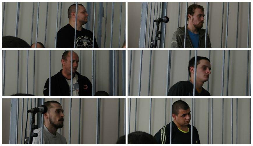 У Хмельницькому судять в'язнів-втікачів: Гадзіна просив пробачення у конвоїра (Фото) (фото) - фото 2