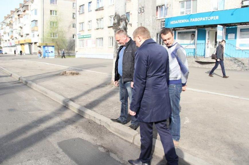 После ремонта на дороге по улице Первомайской остались ямы (фото и видео), фото-4