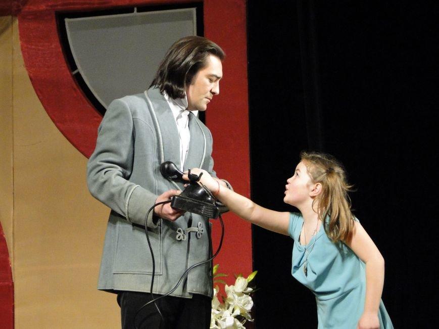 У Хмельницькому показали голлівудський мюзикл для всієї родини (Фото) (фото) - фото 1