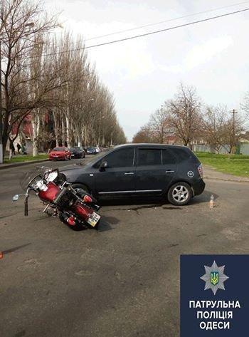 Сезон начался. В Одессе с утра сбили мотоцилиста (ФОТО) (фото) - фото 1