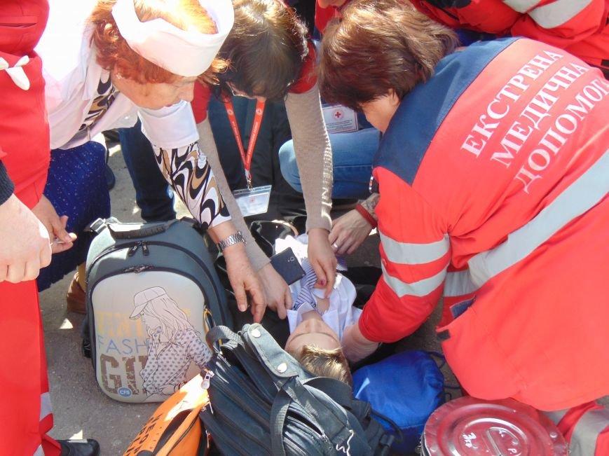 В мариупольской школе №3 не произошел взрыв из-за потери сознания школьником (фото) - фото 1