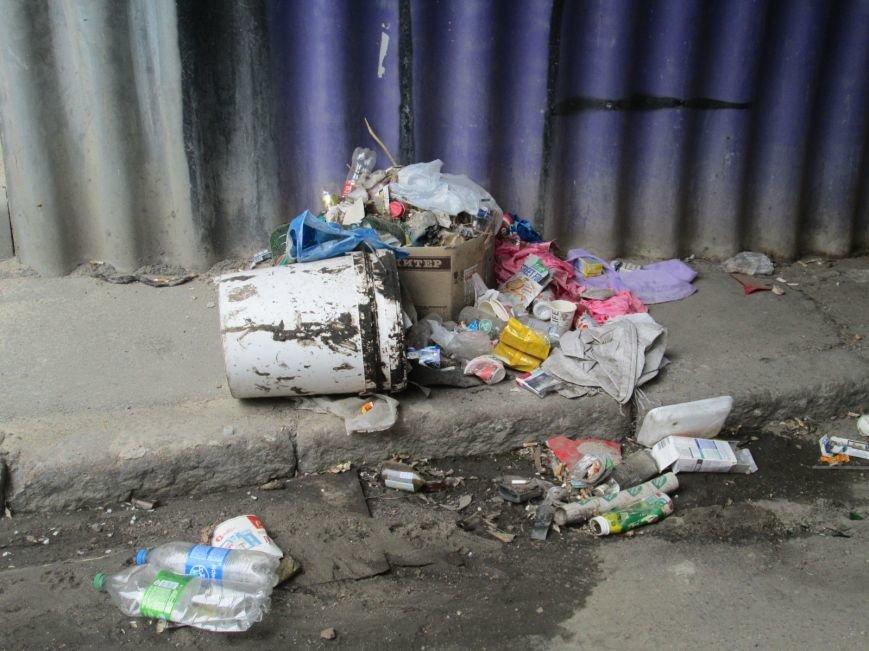 87455f151c818d0a575b7a846f212c83 В центре Одессы мусорная свалка шокирует туристов