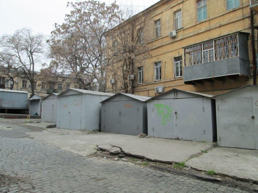 bea17a73ed2946a8290103465d313215 В центре Одессы мусорная свалка шокирует туристов