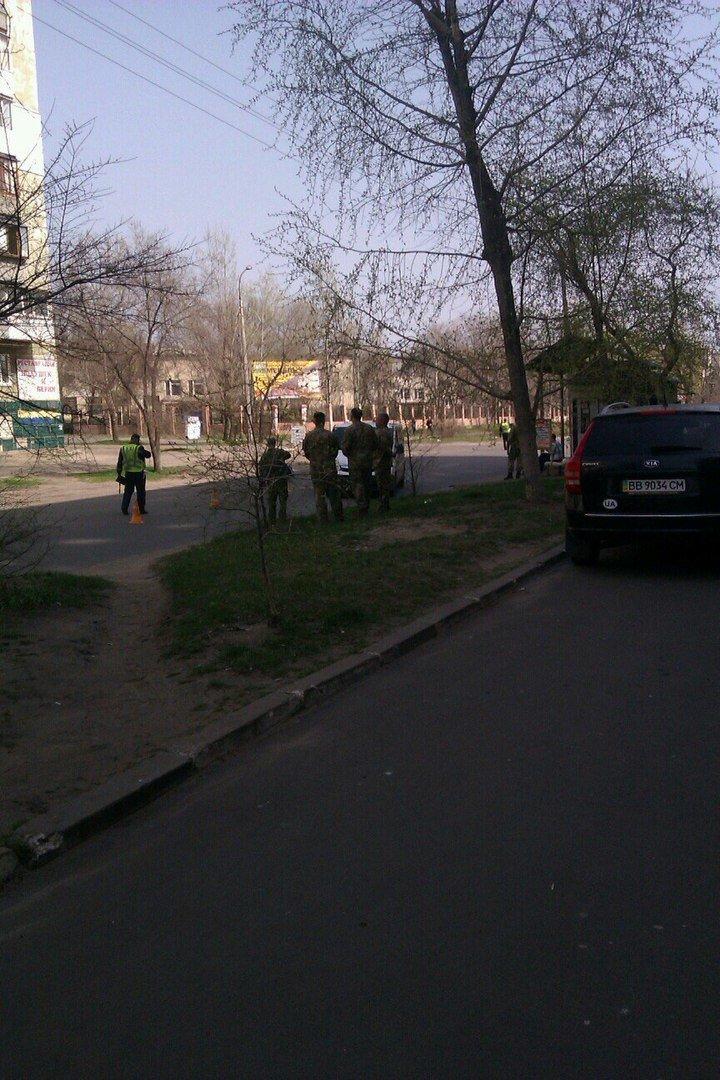 В Северодонецке автомобиль сбил школьницу (фото) - фото 1