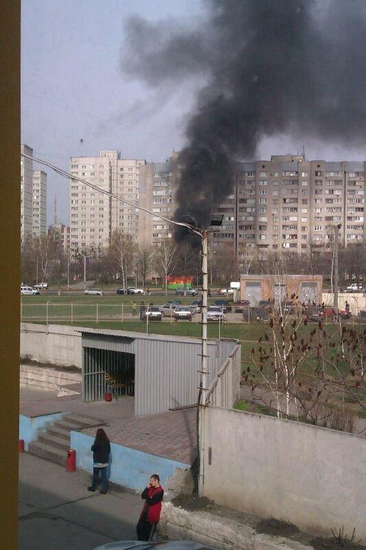 В Харькове на ходу загорелась