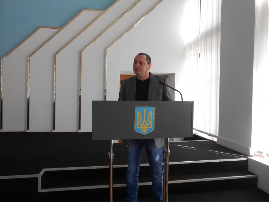 С начала года в Днепродзержинске вырезали 26 километров телефонного кабеля (фото) - фото 1