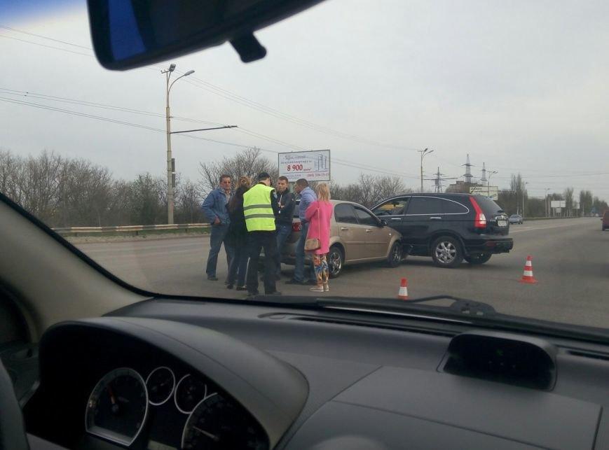 ДТП на Запорожском шоссе: столкнулись две иномарки (ФОТО) (фото) - фото 2