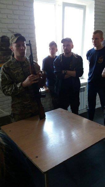 Марипольцев учили выживать в экстремальных условиях (ФОТО) (фото) - фото 1