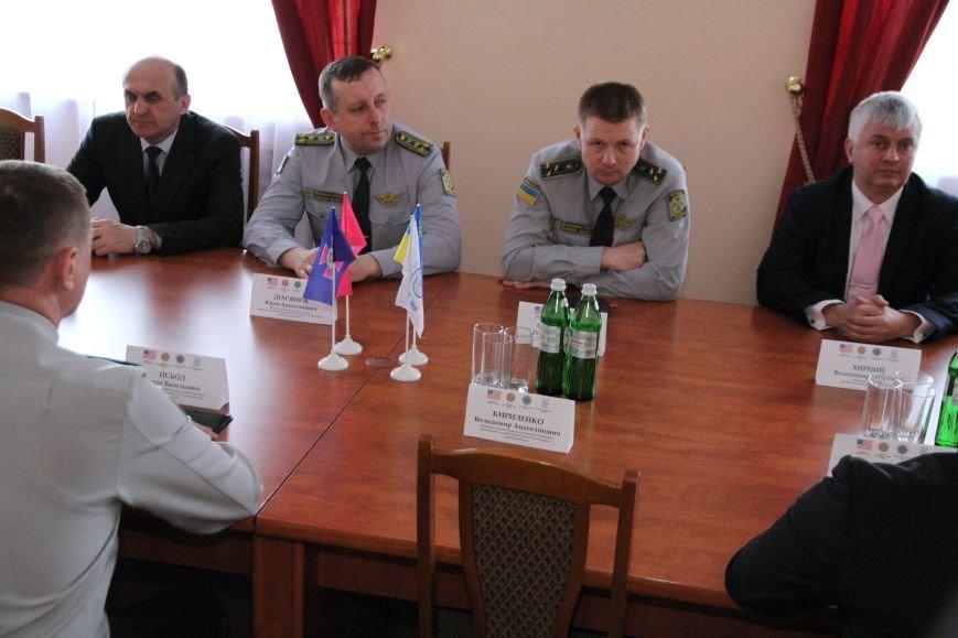 У Хмельницькій прикордонній академії перші випускники Національної поліції (Фото) (фото) - фото 2