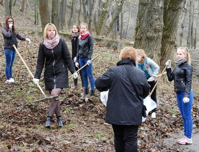 Международную акцию «Зробім» в Витебске поддержали уборкой, фото-1