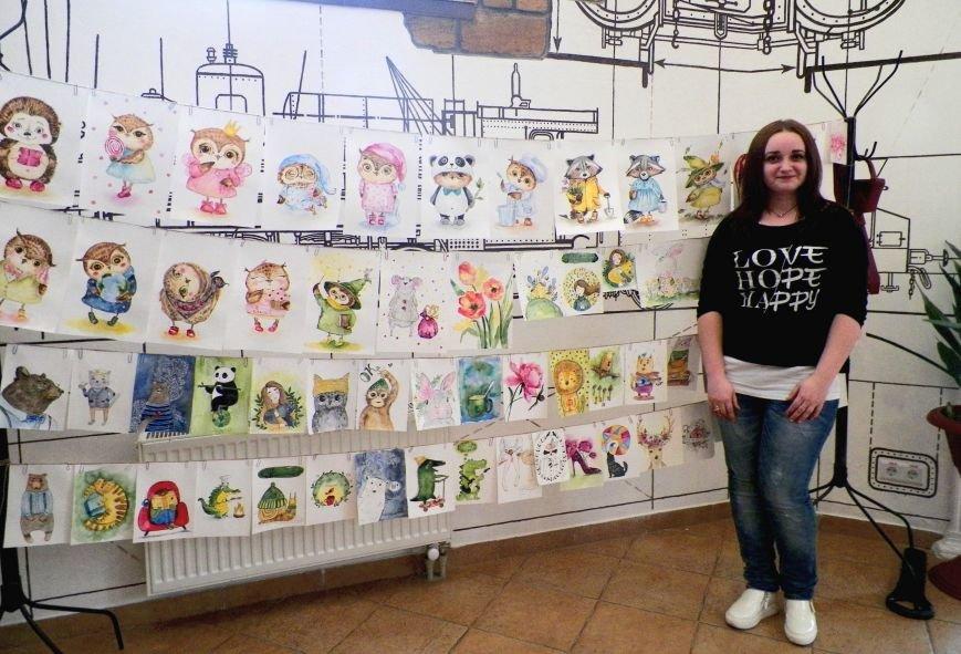 Николаевская художница на своей выставке призвала горожан верить в чудеса (ФОТО) (фото) - фото 1