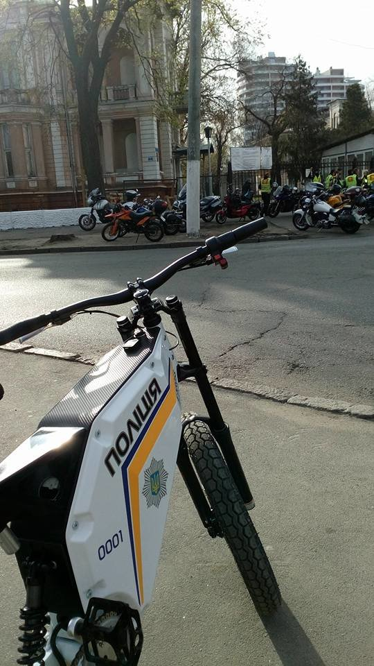 В Одессе полицейские будут летать на электробайках (ФОТО) (фото) - фото 1