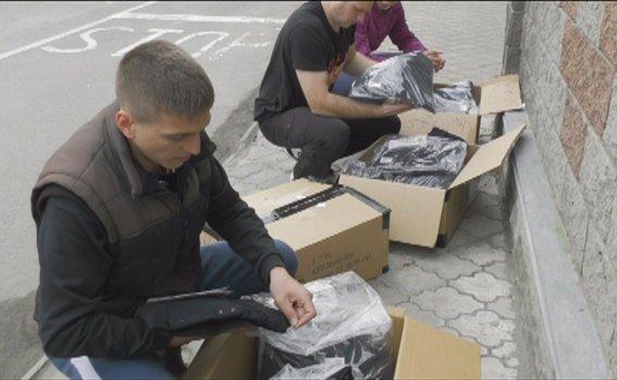 Майбутні патрульні поліцейські Рівного отримали формений одяг (фото) - фото 2