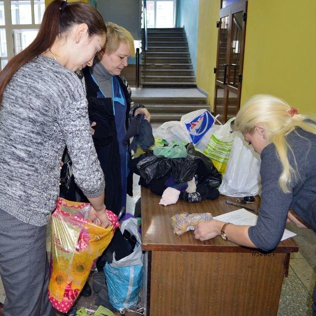 Добропольский исполком принял участие во Всеукраинском месячнике от Красного Креста (фото) - фото 1