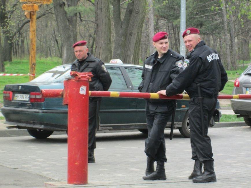 385de1c23c4edfc393f17bbaa01a9a4d На смену одесской полиции пришла… милиция