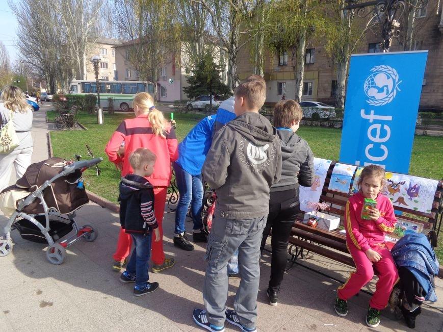 Центр Поддержки Семьи Красноармейска превратил площадь Шибанкова в гигантскую спортивную и игровую площадку (фото) - фото 17