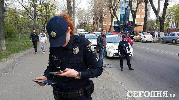 В Киеве пьяный водитель сбил полицейского (ФОТО) (фото) - фото 2
