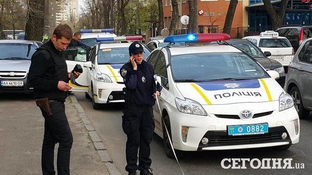 В Киеве пьяный водитель сбил полицейского (ФОТО) (фото) - фото 1