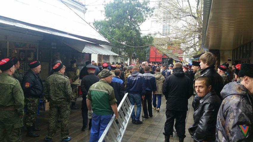 В Анапе на Центральном рынке начинается снос киосков (фото) - фото 3