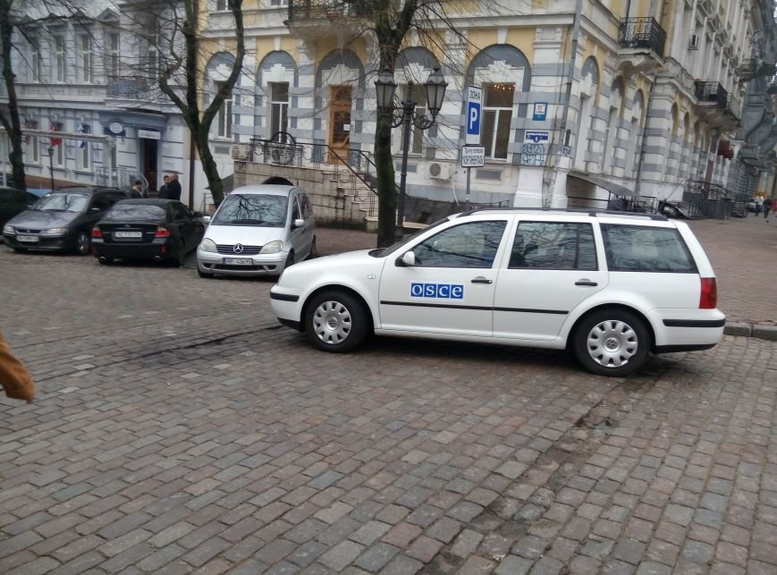 29ba8a6c8f6053e4c0f571d5f1fee42a 13-й день прокурорского майдана в Одессе: Баррикады разобрали, но протест продолжается