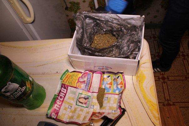 41-летний Балаковец пойман с поличным на хранении наркотиков (фото) - фото 1