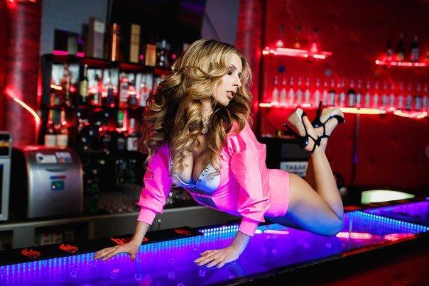 ВНовополочанка приняла участие в финале танцевального проекта «Королева GO-GO» в минском клубе Dozari (фото) - фото 2