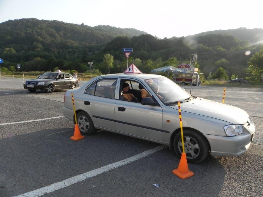 Российские автошколы выступили против нового регламента получения водительского удостоверения (фото) - фото 1