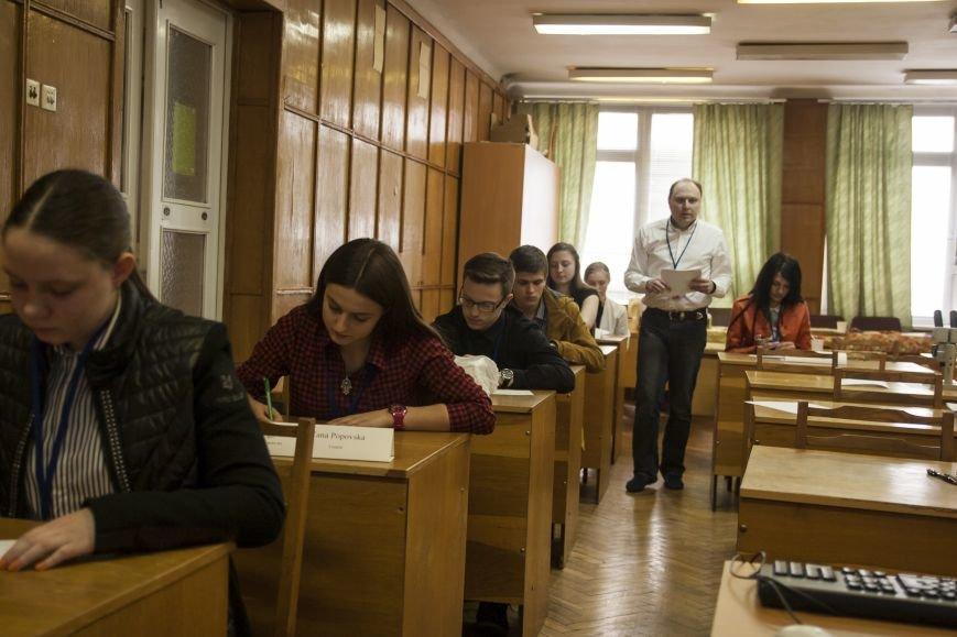 Вінницька школярка стала найкращим мозгознатоком України (фото) (фото) - фото 4
