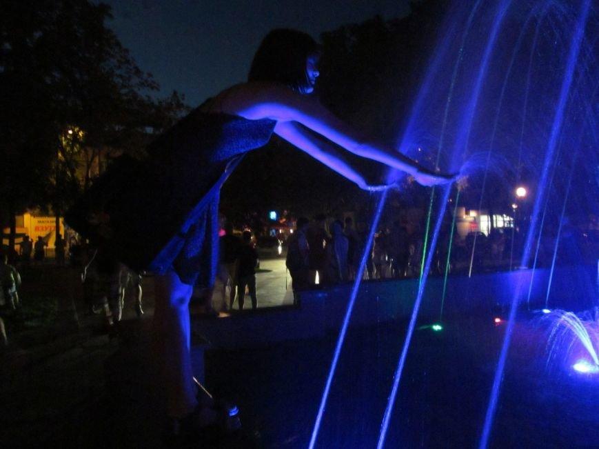 Свето-музыкальный фонтан в сквере имени Бабаева, возможно, заработает в эти выходные, фото-1