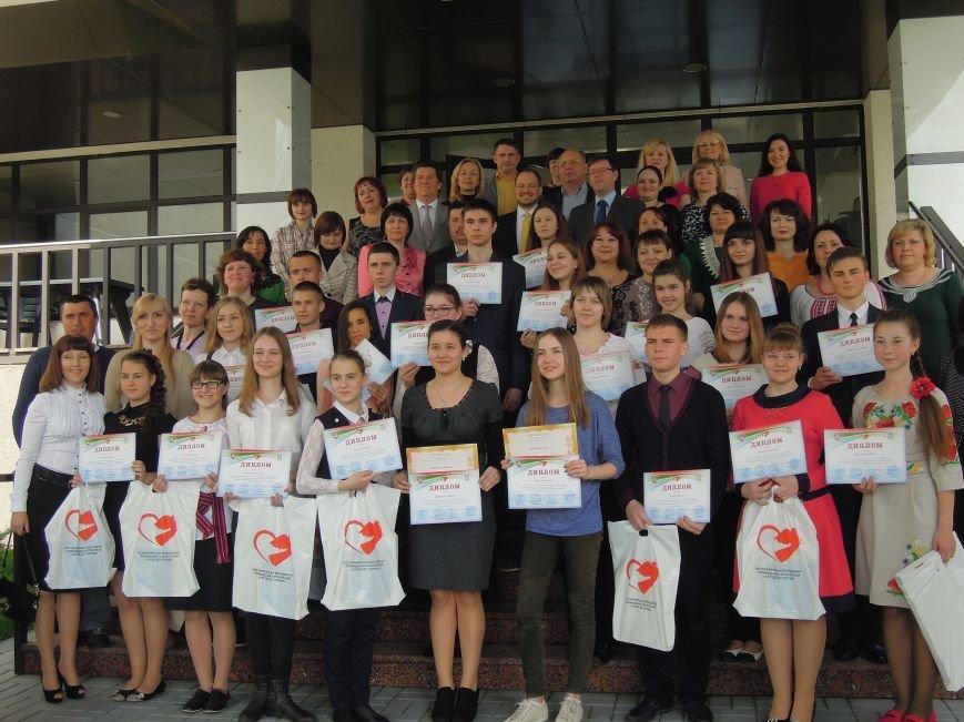 Школьница из Мариуполя выиграла поездку в Европу благодаря сочинению (ФОТО) (фото) - фото 1