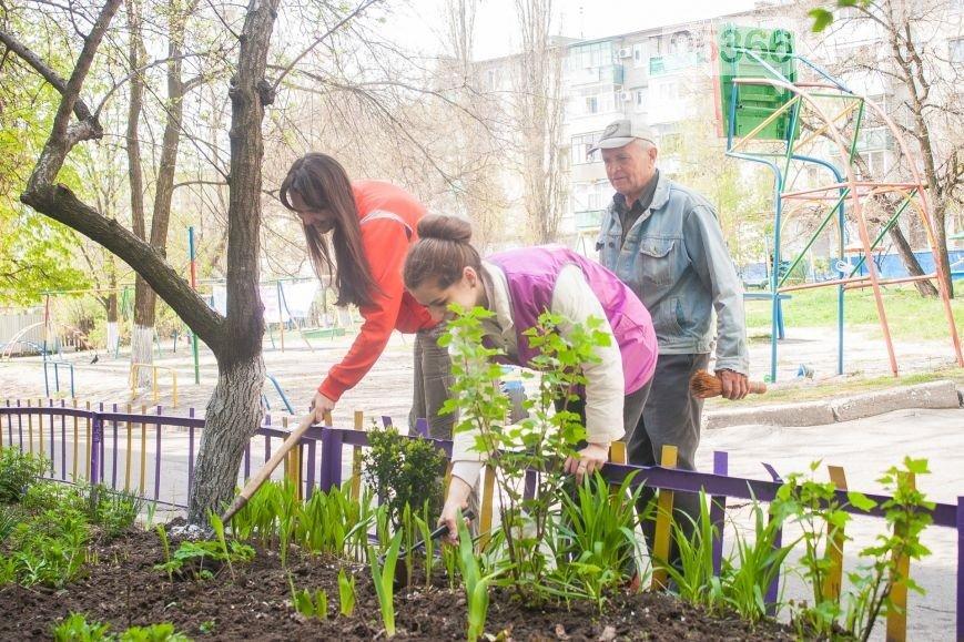 Общегородской субботник: мэр Кременчуга хочет, чтобы граждане убирали только свои дворы (фото) - фото 1
